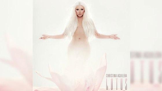 640_christina_aguilera_lotus